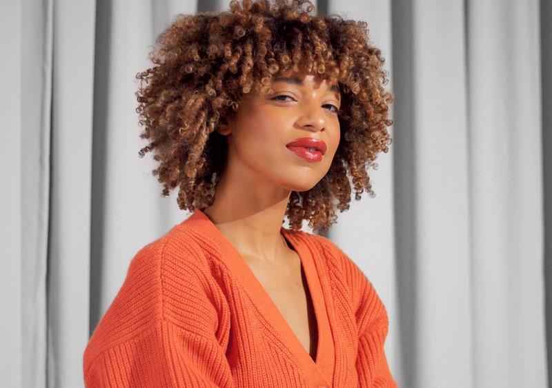 Cabelo black power com franja - Inspirações e dicas para um cabelo crespo com franja incrível
