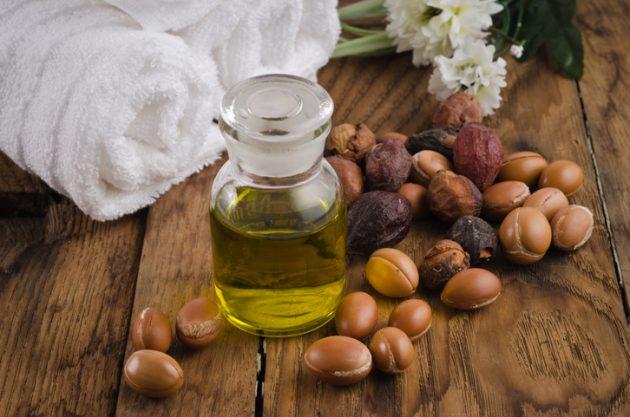 oleo de argan para cabelo 630x417 - Saiba quais são os óleos capilares mais famosos e seus benefícios
