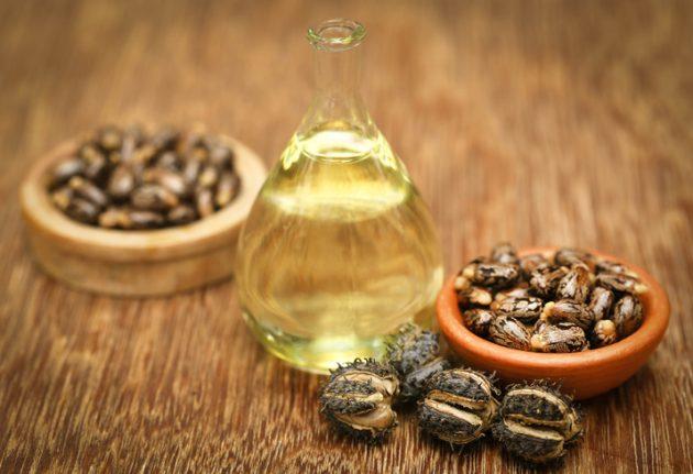 oleo de ricino para cabelo 630x431 - Saiba quais são os óleos capilares mais famosos e seus benefícios