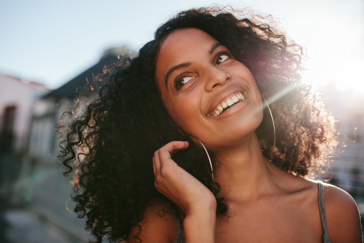Características do cabelo que são mais importantes que a curvatura do cabelo.