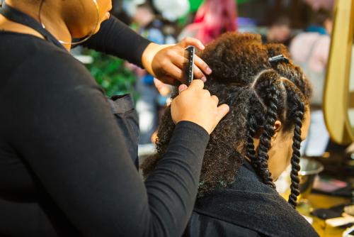 chebe powder - Rotina de Chebe: conheça o segredo do cabelo crespo longo africano