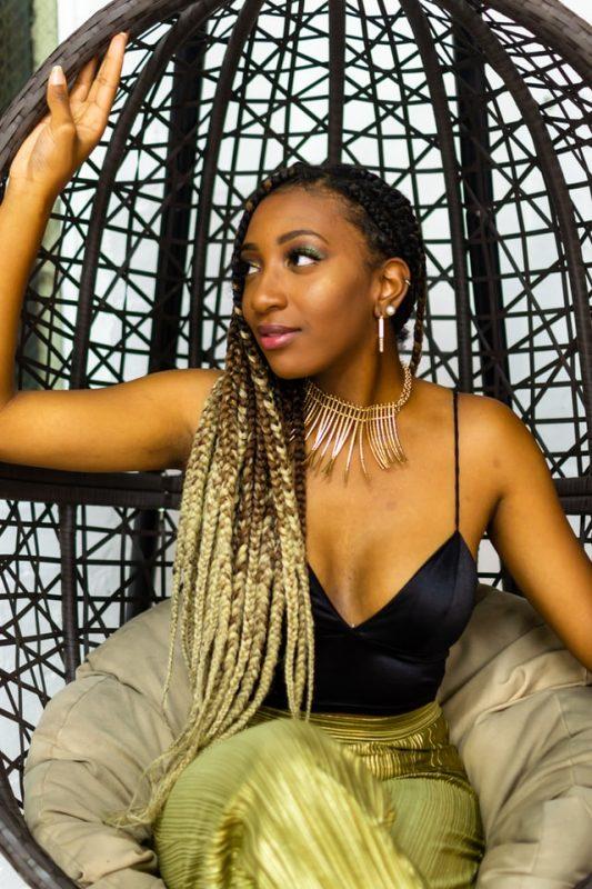 knotless braids ombre 533x800 - Conheça as knotless braids, as tranças sem nós e seguras para o cabelo