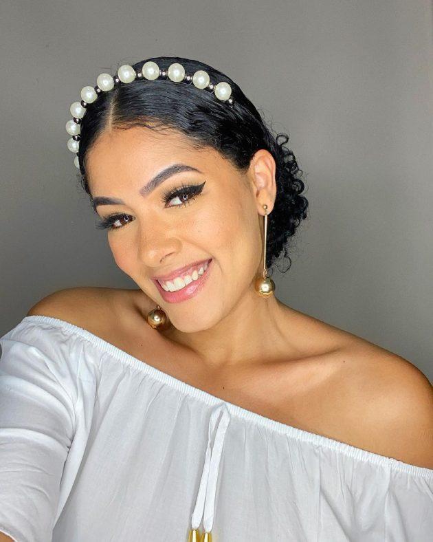 inspiracao de tiara no cabelo 630x788 - Os acessórios para cabelo cacheado que as nossas embaixadoras e migs amam