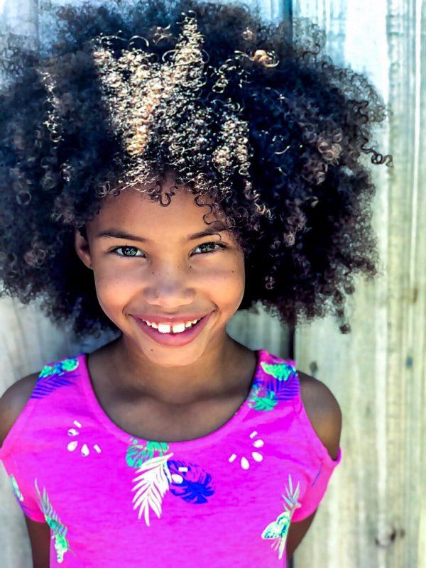 truques para pentear o cabelo da crianca 600x800 - Chega de choro: como pentear o cabelo infantil sem sofrimento